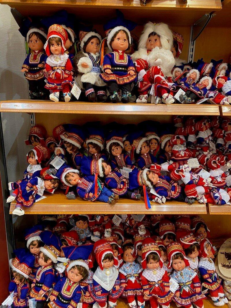 Image - Christmas house finnish dolls