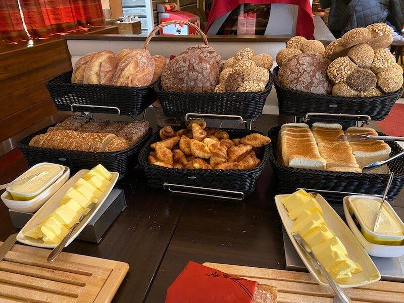 Image - Christmas house restaurant & coffee bar bread servery