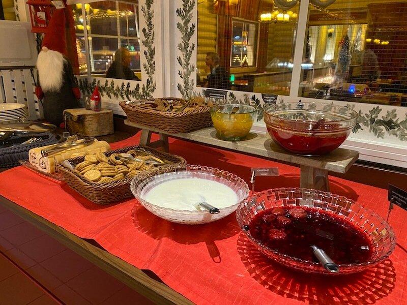 Image - Christmas house restaurant & coffee bar breakfast porridge