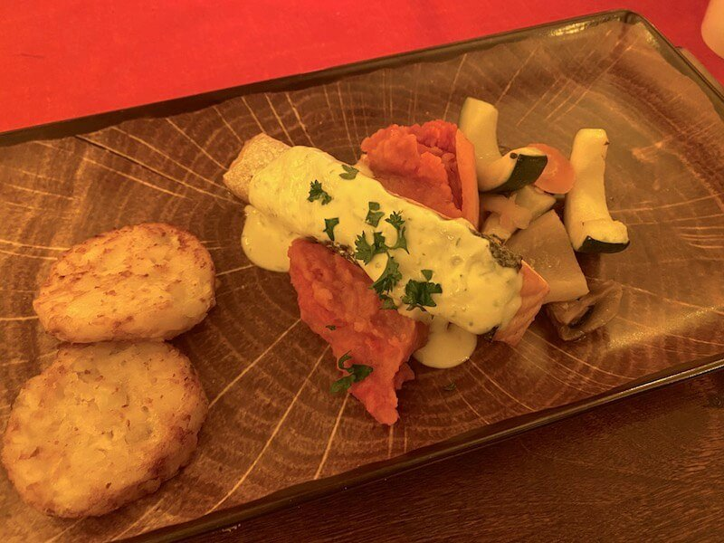 Image - Christmas house restaurant & coffee bar dinner salmon and potato cakes