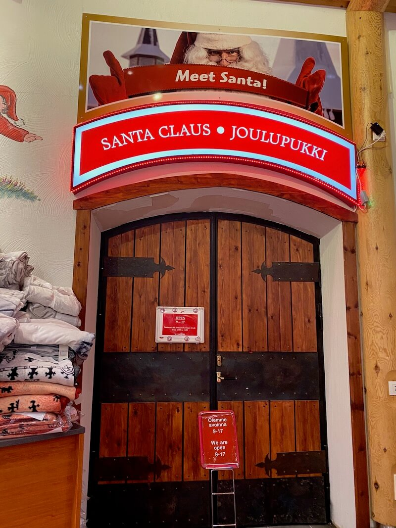 Image - Christmas house santa and exhibition doors