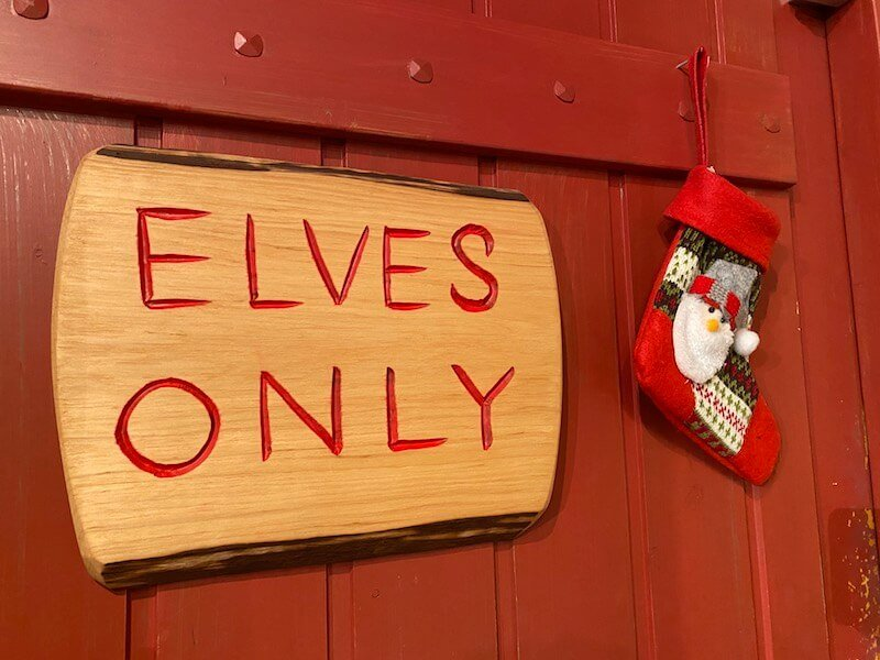 Image - Santa Claus Office elves sign