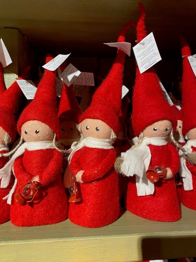 Image - Santa Claus Office felt dolls