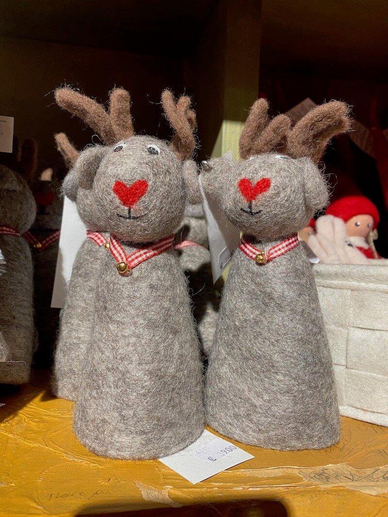 Image - Santa Claus Office felt reindeers