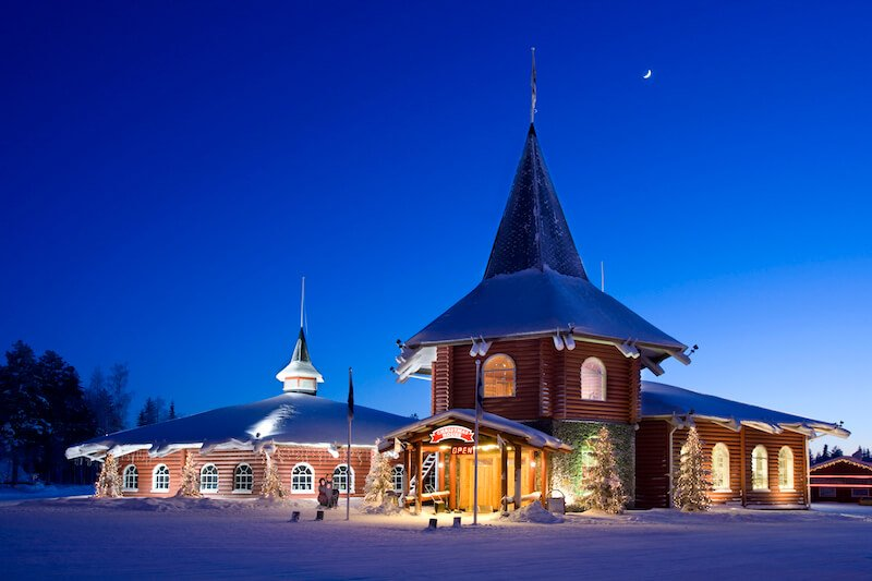 image - christmas-house-santa-claus-village-rovaniemi by VR