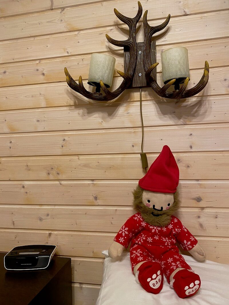image - santa claus holiday village bed lamp