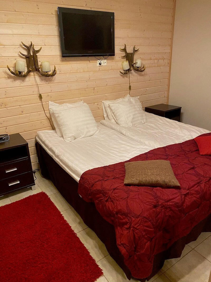 image - santa claus holiday village cabin beds