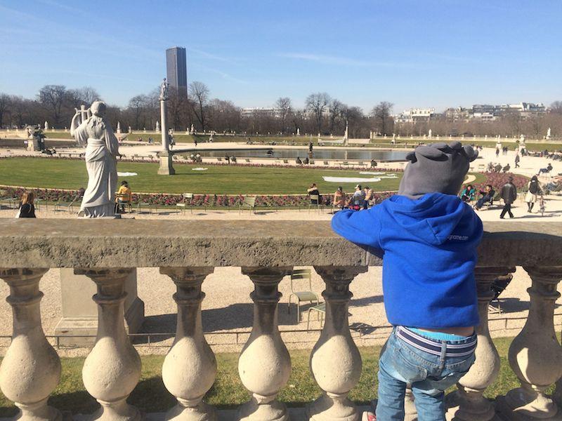 Best Gardens in Paris- sculptures at jardin gardens pic