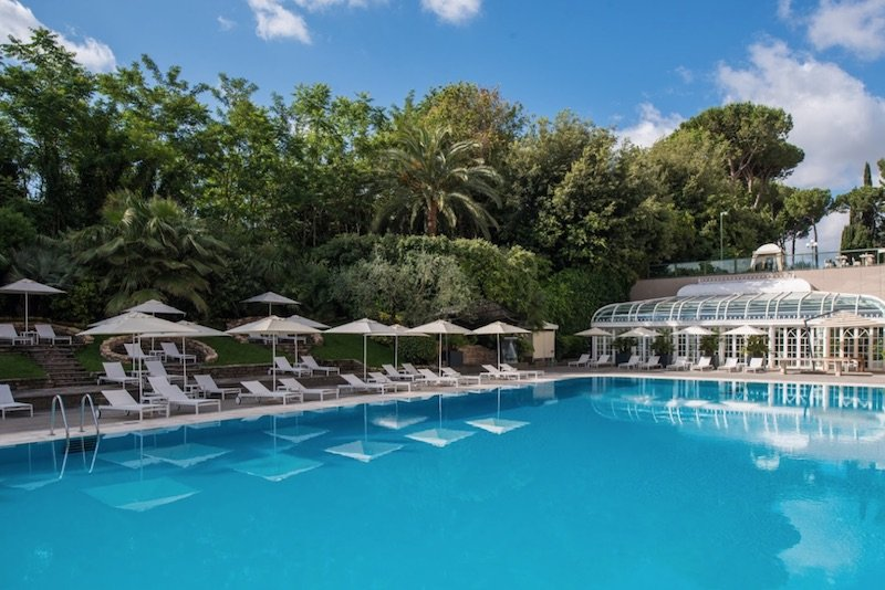 best place to stay in rome with kids - rome cavalieri hotel pool pic