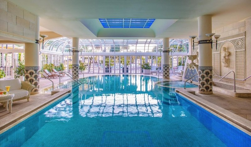 best place to stay in rome with kids - rome cavalieri pool pic