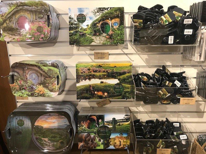 hobbiton gift shop plates & magnets