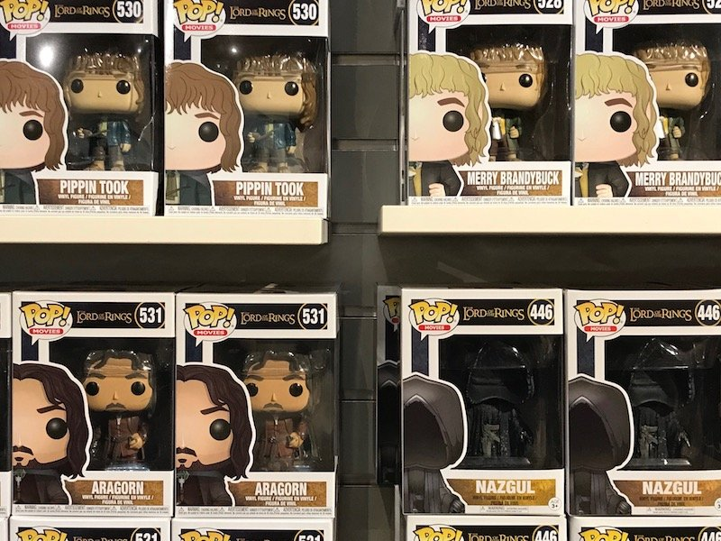 hobbiton shop pop funko dolls