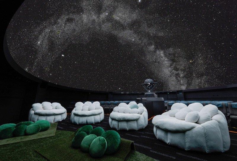 image - konica minolta planetarium sunshine city