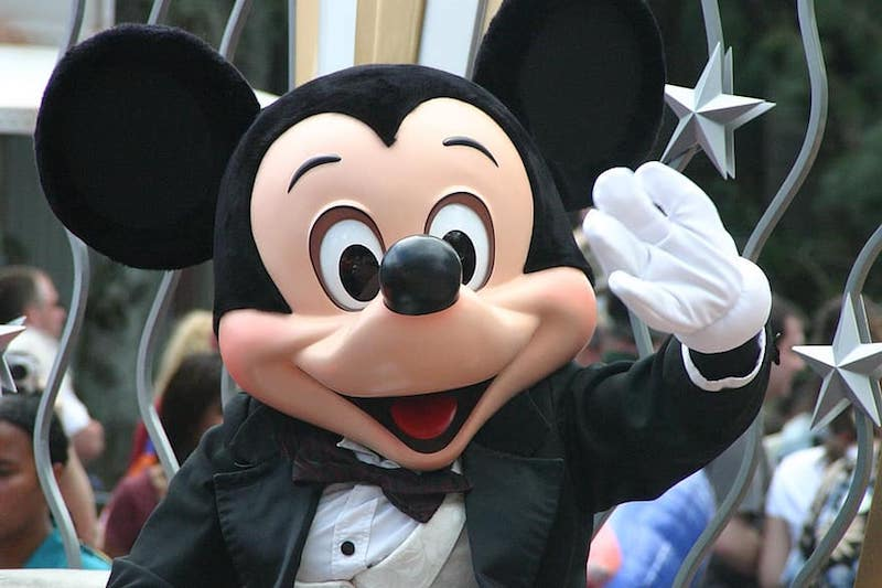 mickey-mouse-walt-disney-parade-disney-mickey-disneyland