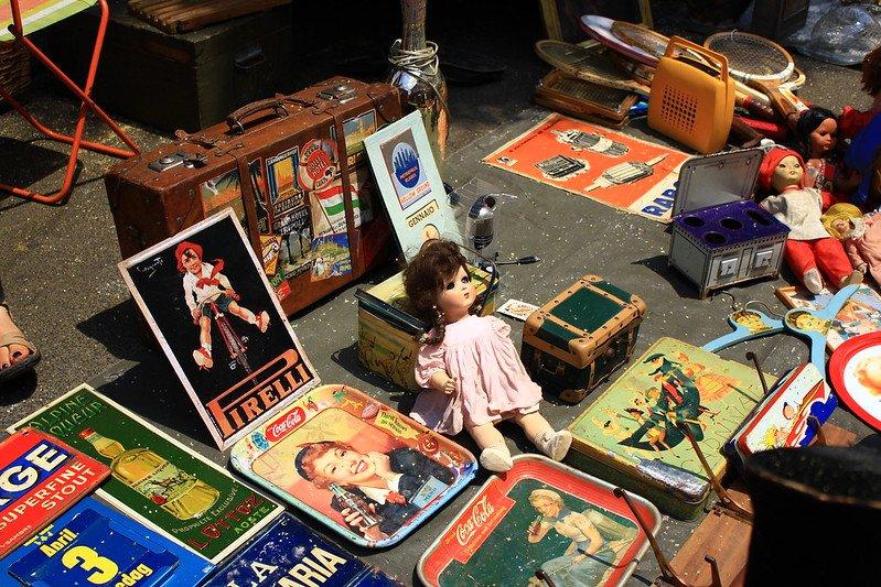 porta portese flea market vintage goods rome by manuela