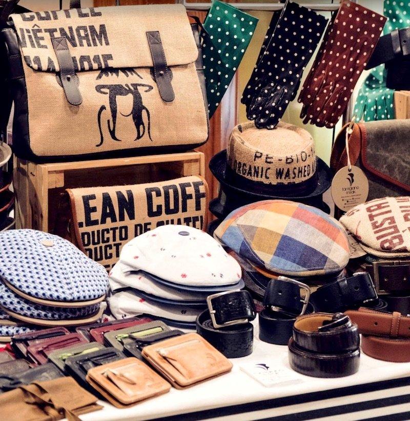 rome-souvenirs-mercato-monti