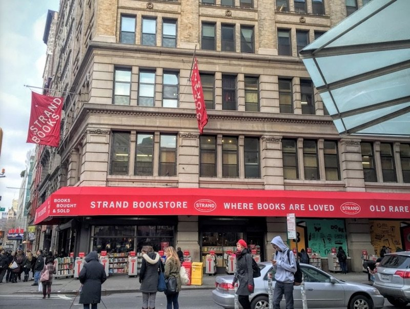 the strand bookstore new york pic