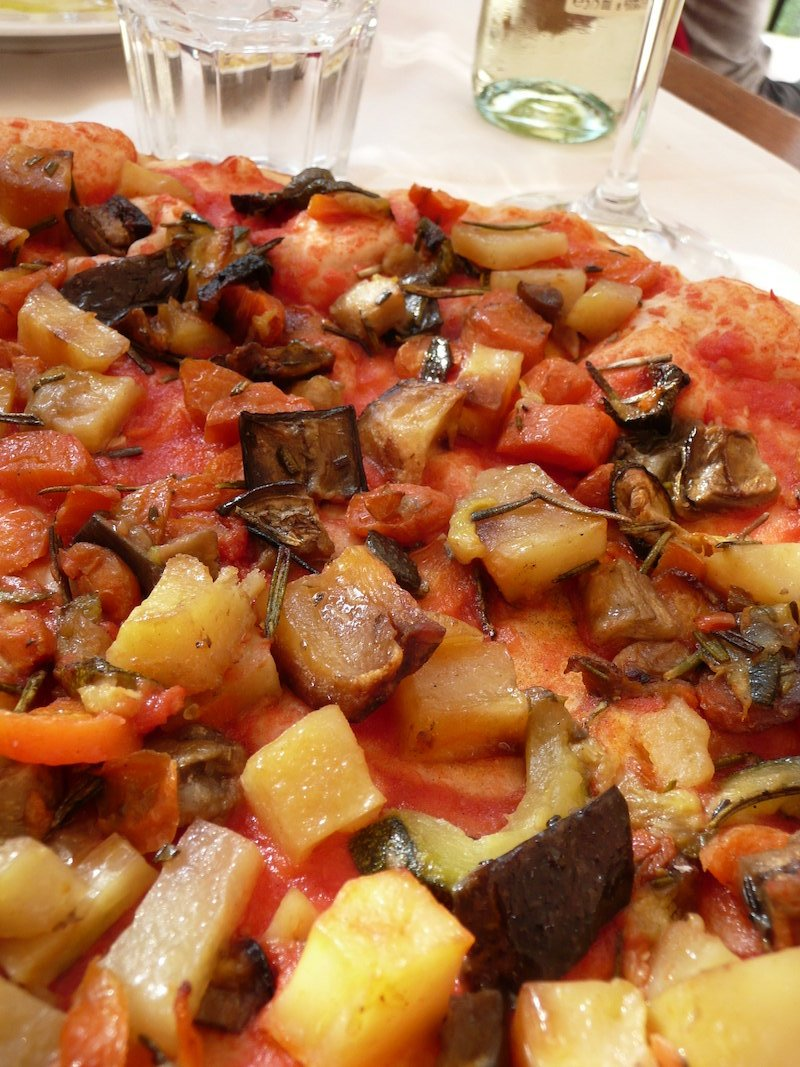 vegetarian pizza by qtea