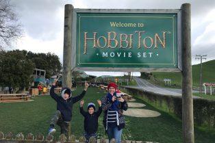 hobbiton sign pic