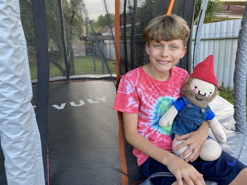 vuly trampoline review - ned and roam the gnome pic