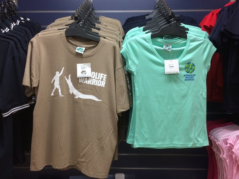 australia zoo shop t shirts pic
