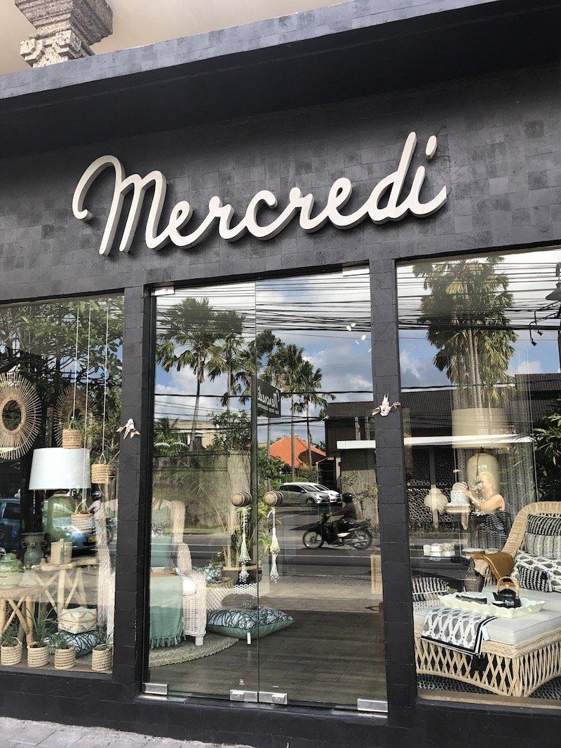 mercredi bali shopping - shop entrance pic