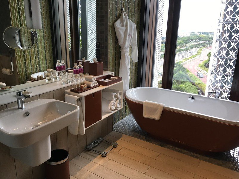 crowne plaza changi airport by LWYang