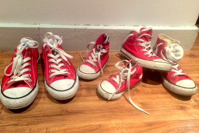 travelling-overseas-with-a-toddler-wear-red-shoes