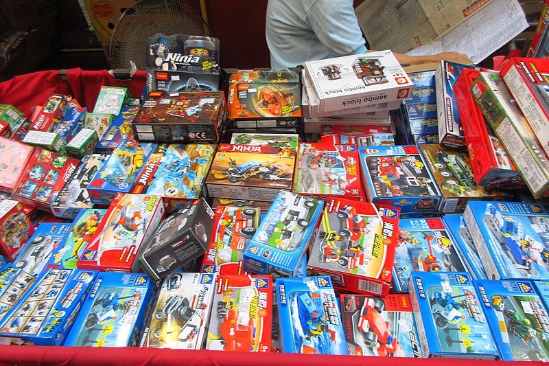 wan chai market toy street - toy cars pic