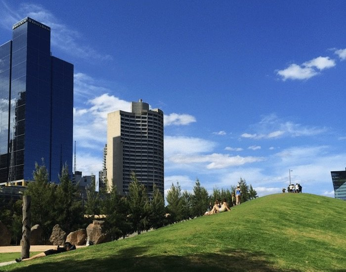 Birrarung-Marr-Playground-Hill-Melbourne pic