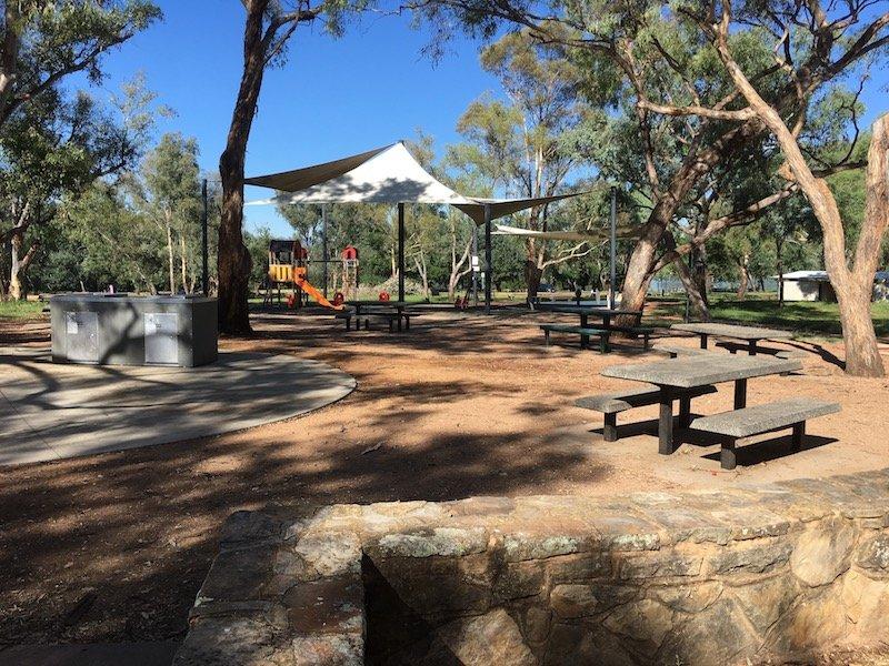 black mountain peninsula playground canberra picnic area pic