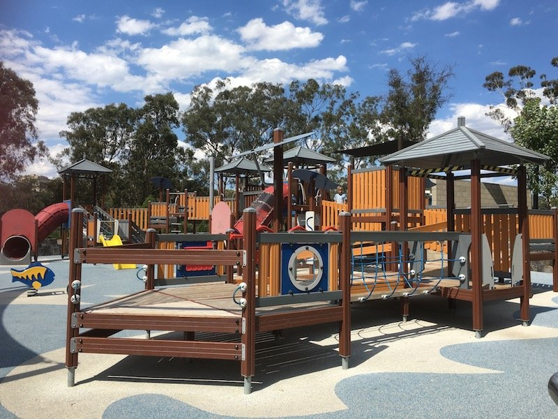 boundless playground canberra - fort structure pic