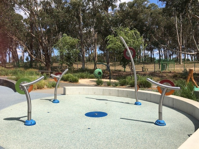 boundless playground canberra water play pic