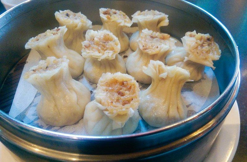 din tai fung shrimp and pork shao mai by sstrieu