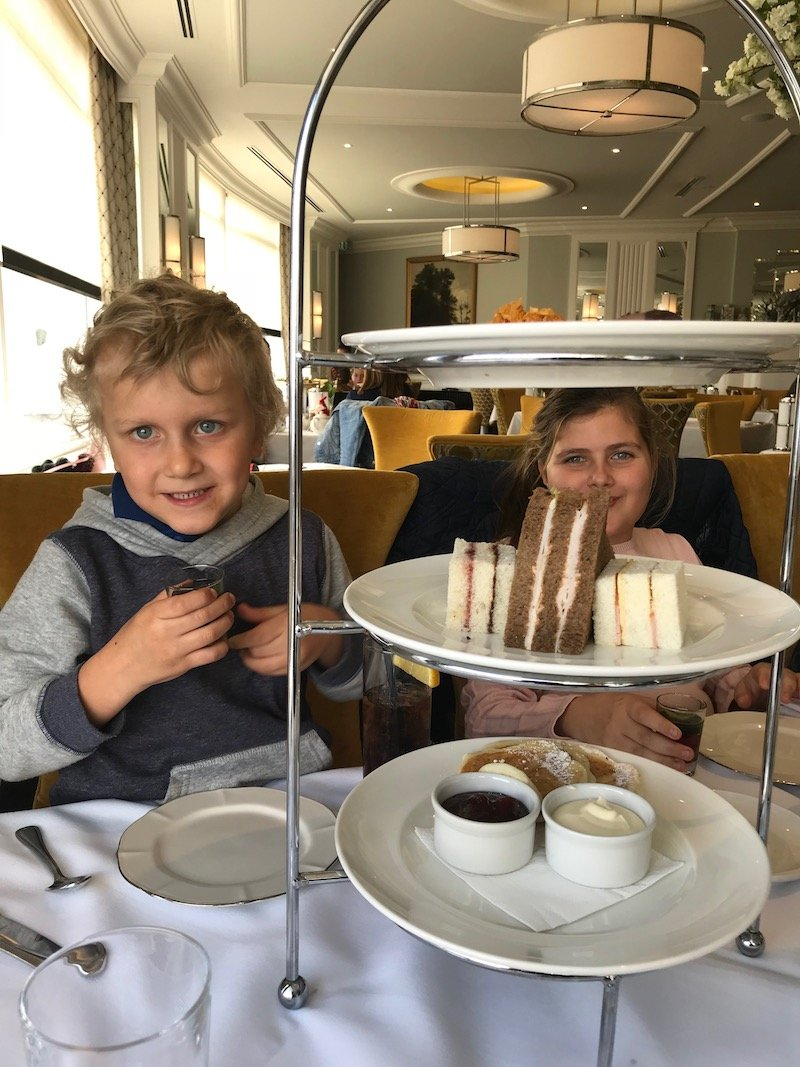 high tea at the hydro majestic hotel in the blue mountains 800