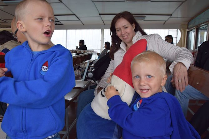 image - star ferry hong kong tania with kids