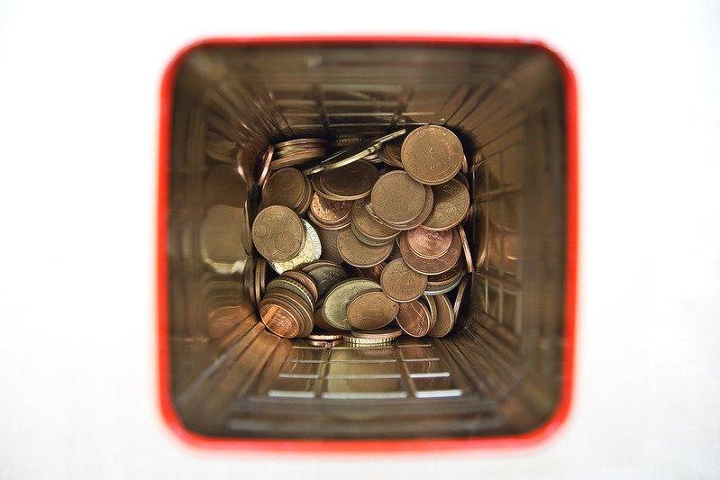 money box by hernan pinera flickr