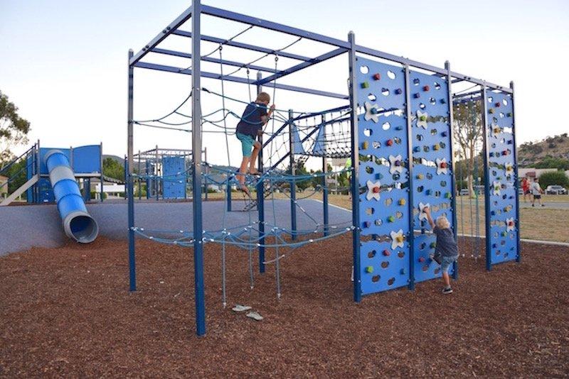 gordon playground climbing fort pic