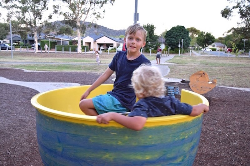 Gordon Playground spinning cup for kids