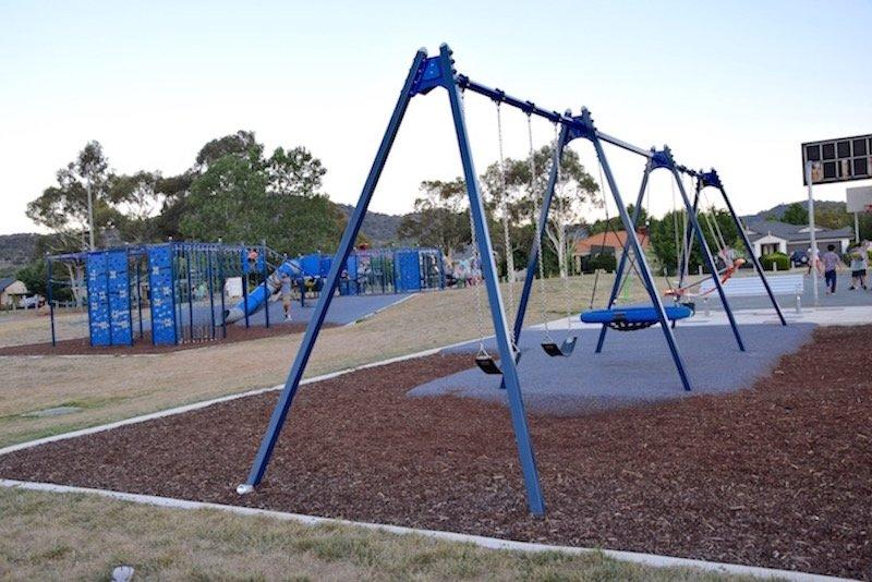 pic - Gordon Playground swing set