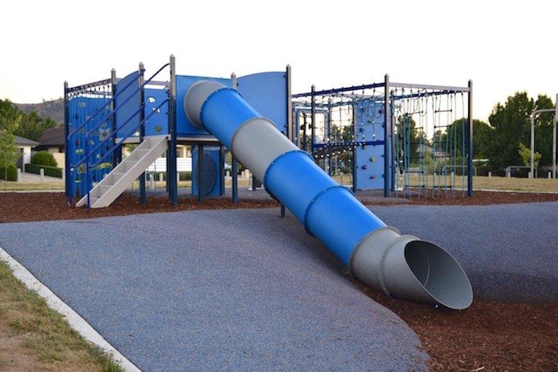 pic - Gordon Playground tunnel slides