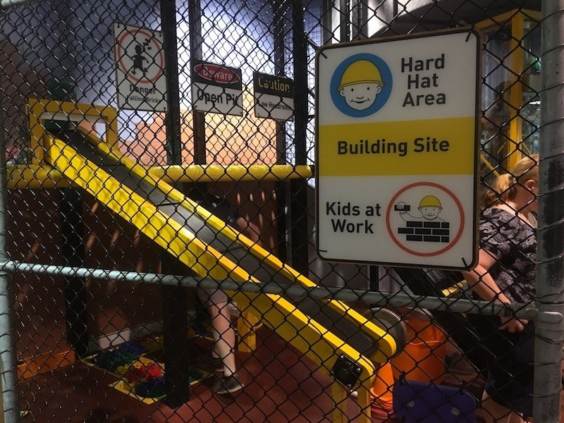 questacon canberra for kids building site pic