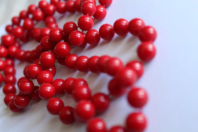 red bead necklace by elycia