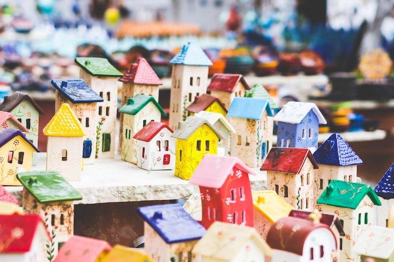 tiny ceramic houses by john-moeses-bauan