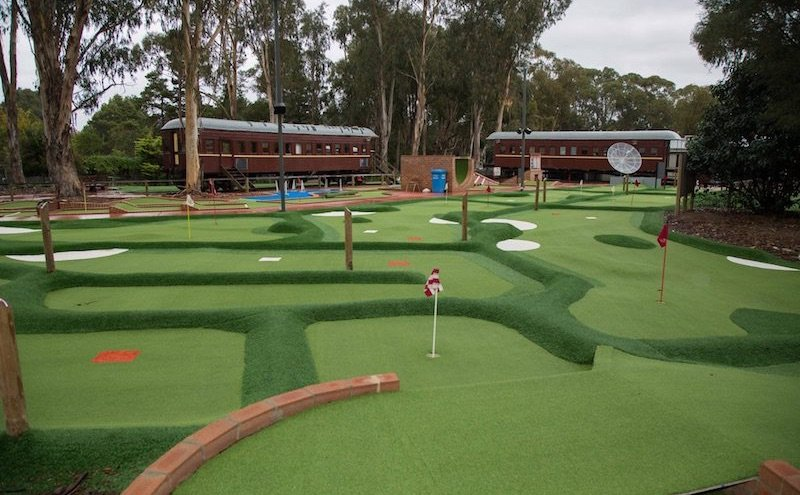 weston-park-mini-golf-course-pic-by-yarralumla-play-station-fb-1