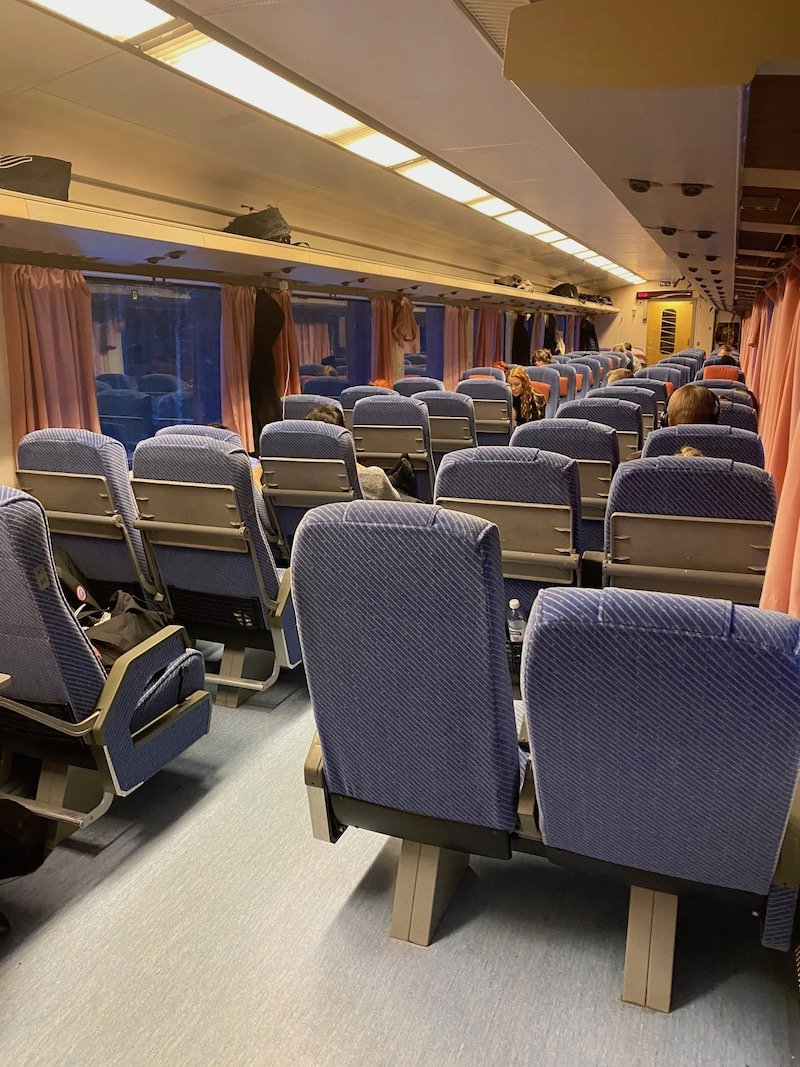 Image - Helsinki to rovaniemi train seating carriage
