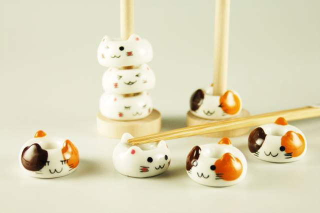 Kappabashi maeda cat chopstick rests via fb