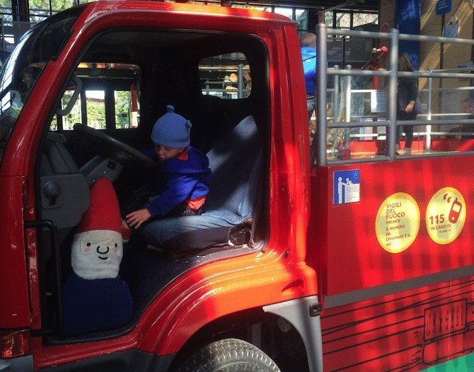 Rome-with-Kids-Explora-Childrens-Museum-fire-truck pic