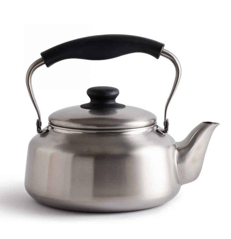 Sori Yanagi kettle pic