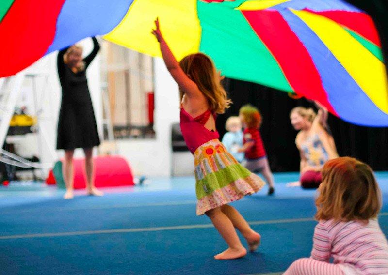 circus-arts byron bay classes pic